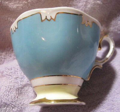 Royal Albert Tea Cup Bone China Made in England Beautiful Blue&Gold Vintage