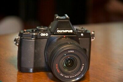 Olympus om-d e-m5 (corps seulement)