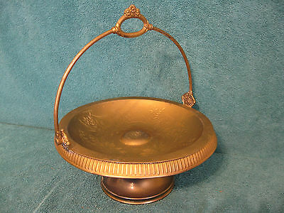 Middletown Plate Co. Hard White Metal Dish w/Handle/1921 (item# S070)
