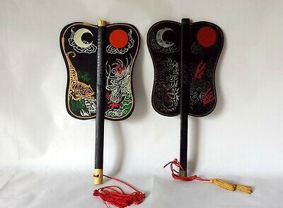 Vintage Japanese War Fan Gumpai (Gunpai) Wooden Painted Laquer
