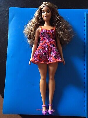 Barbie Doll Fashionista Curvy Tan