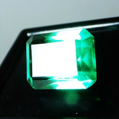6.95 Ct. Natural Beautiful Emerald Cut Colambian Green Emerald Loose Gemstone