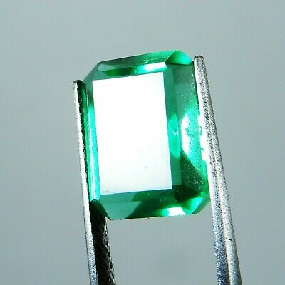 7.85 Ct. Natural Beautiful Emerald Cut Colombian Green Emerald Loose Gemstone