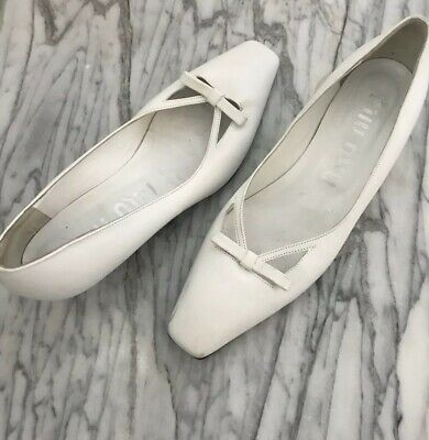 588a020daa38d Rare Miu Miu Vintage Kitten Heels Shoes Leather White 90s Size 37.5 (US 7.5)