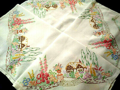 """Glorious Thatch Cottage & Gardens ~Vintage Hand Embroidered Lge Tablecloth 50+"""""""