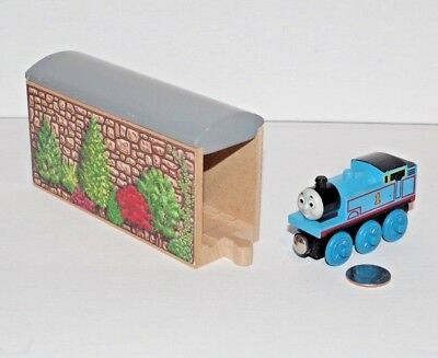Thomas Friends Wooden Railway Stone Tunnel Covered Bridge Train Tank Engine