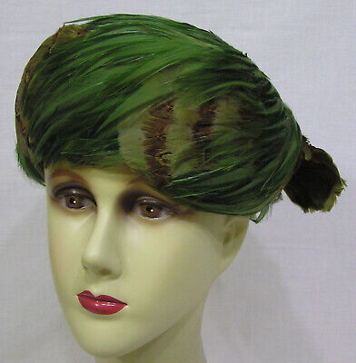 e21a74ddc6523 Vintage Ladies Hat Coralie Green Feathers Pheasant Feathers 1950s