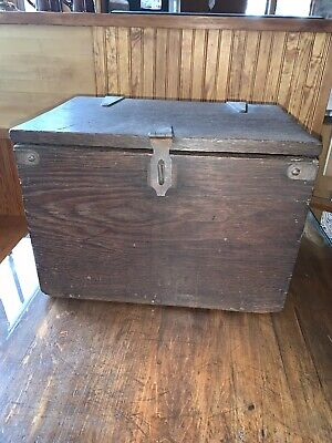 Antique Primitive Solid Oak Wooden Storage Box/chest Or Small Trunk Early 1900's