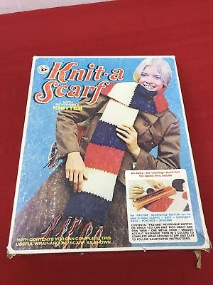 Vintage Pastime Knit-A-Scarf with Reversible Knitter Kit