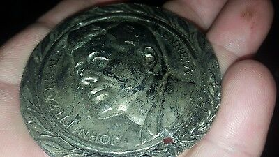 "UNIQUE JOHN F. KENNEDY MEDAL w ENGRAVING ""C.R.C. ASSN 1976"" MADE OF HEAVY METAL"