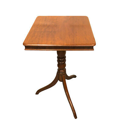 19th Century English Regency Mahogany Tilt Top Table