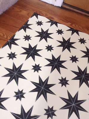 Beautiful primitive, 2'x3' floorcloth. Can't beat the price!!!