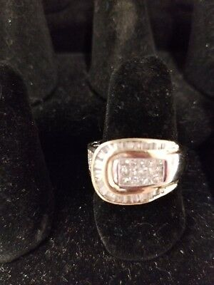14k WHITE & YELLOW GOLD 1CT  PRINCESS & Baguette DIAMOND Buckle Ring Size 8