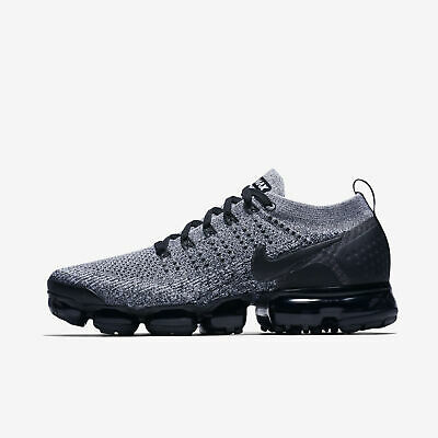 Nike Air Vapormax Flyknit 2 size 11 Cookie and Cream Oreo Black White 942842-107