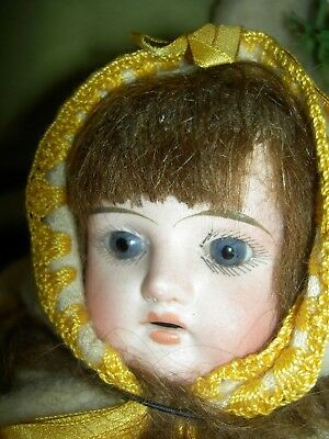 Charming antique German, Victorian era bisque doll shoulderhead sewing accessory