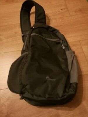 Lowepro Steamline, good condition, ideal for a small DSLR, Mirrorles or bridge