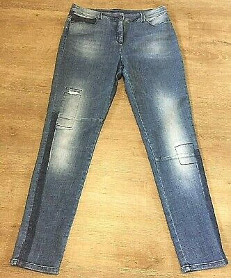Popular lightly distressed blue jeans size L Blue Illusion