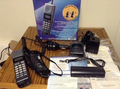 Sony CM-H333 Vintage Mobile Cellular Phone Black 1992 Mars Bar in Box W/chargers