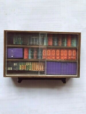 Dolls House Bookcase / Bookshelves Lundby scale with books - could be Triang