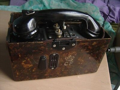 Ancien telephone a manivelle