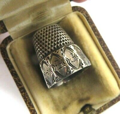 Antique Simons Brothers Silver Thimble with jewelers optician box Size 9