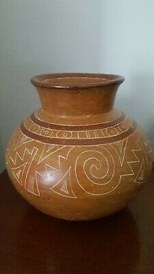Pre Columbian Polychrome Pottery Bowl vase