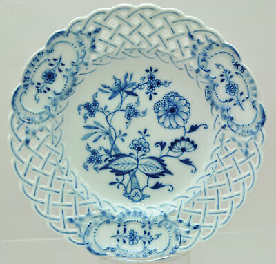 Antique Meissen Blue Onion 8 Inch Reticulated Plate 19th Century