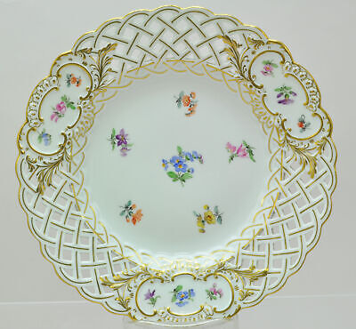 Antique Meissen Floral Sprays 8 Inch Reticulated Plate 19th Century
