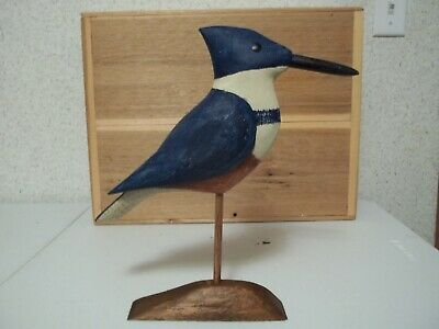 Latest Style Hand Carved Belted Kingfisher Confidence Shorebird Decoy