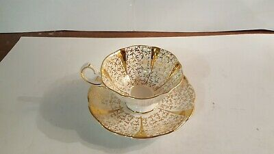 Queen Anne Gold Lace Wide Mouth Tea Cup and Saucer Scallop Bone China England