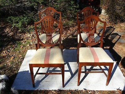 Antique  C-1910 Set Of 4 Mahogany Georgian Style Shield Back Dining Chairs