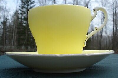 Paragon Cup & Saucer Matte Yellow Gloss White Gold Trim 1963 Royal Warrant 397/7