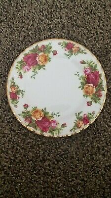 4 ROYAL ALBERT Old Country Roses 6 1/2 Inch Tea or B&B Plates MADE IN ENGLAND