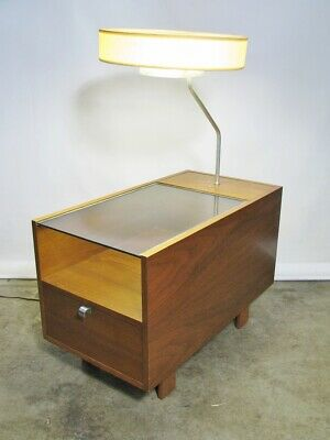 1950s George Nelson For Herman Miller Table Lamp With Glass Top & Single Drawer'