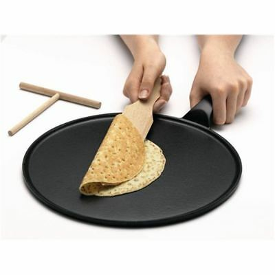 Chasseur Cast Iron - Black Crepe Pan 30cm with Timber Spatula (Made in France)