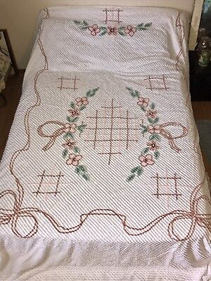 """Vintage 1940s 1950s Chenille Bedspread White Peach Pink Double Queen 90"""" X 100"""""""