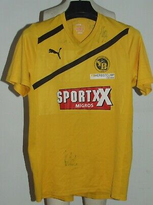 Soccer Jersey Trikot Maillot Camiseta Sport Young Boys Signed Size M