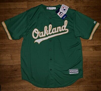 01023a18d Oakland A s Kelly Green Majestic Baseball Jersey Cool Base Men s Large  Brand New