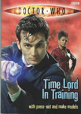 Doctor Who Time Lord In Training 2009 Paperback Activity Book Good Condition
