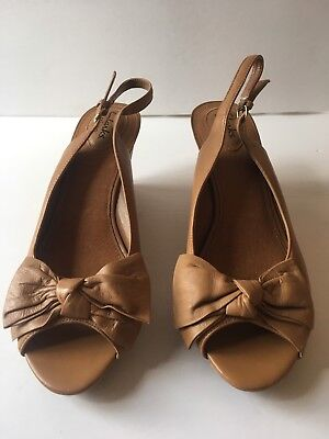 df241ad0027 Clarks Artisan Womens Size 10 M Leather Cork Wedge Slingback Tan Sandals Bow