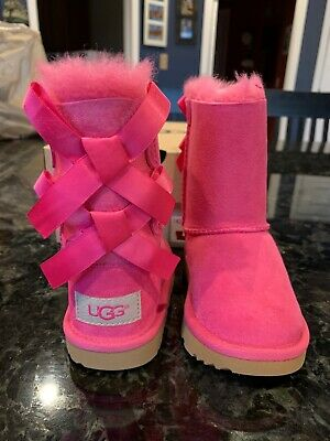 6a2fc2ead06 NIB UGG AUSTRALIA Bailey Bow II Girls Bright Pink Boots Toddler Size 7 EU  23.5