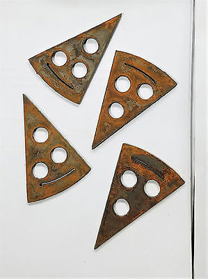 """Lot of 4 Pepperoni Pizza Pie Shapes Arrows 3"""" Rusty Metal Vintage Craft Sign"""