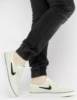 07bc45c2d9a5 Nike Men s SB Zoom Stefan Janoski Athletic Snickers Shoes Multiple Sizes