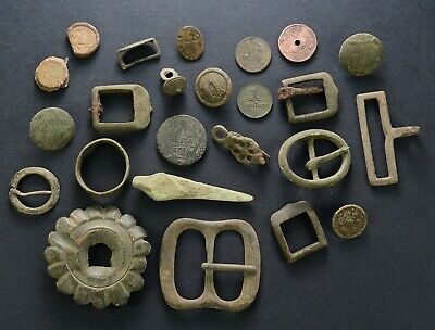 Antique mixed lot: sakta, lead seal, oil fuze belt buckles buttons coins harness