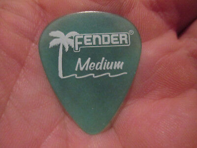 25 Fender Guitar Picks - California Clear 351 Type In Surf Green - Medium