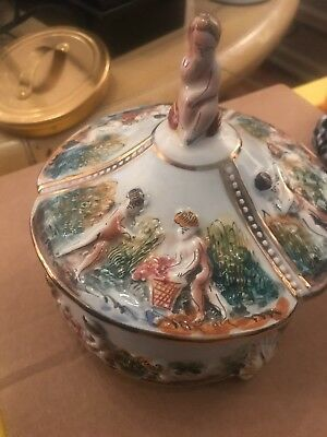 capodimonte - Romantic Covered Powder Jar Sweet. - Vintage