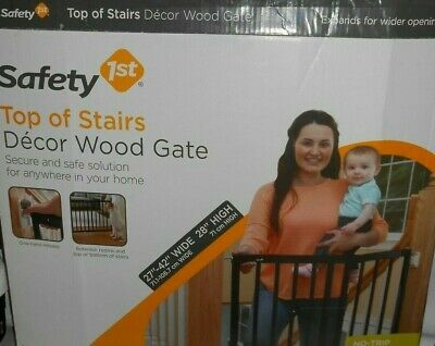 Safety1st Top Of Stais Decor Wood Gate Dog Baby Child Safe Stairs Home Accessory