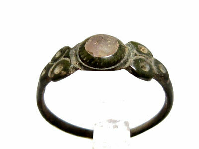 LOVELY BYZANTINE PERIOD BRONZE RING  w/ GLASS STONE ON THE TOP+++