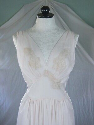 VANITY FAIR vintage 50s beige SHEER nylon NEGLIGEE Nightgown sumptuous lace 36