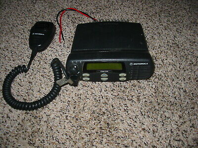 M//A-COM MOBILE RADIO UHF 440-470 MHZ 90 WATT NARROW BAND D2UHCX REMOTE MOUNT